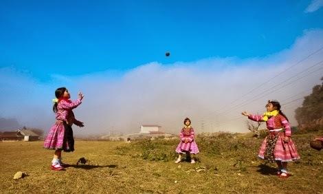 Tết sớm của người Mông ở Mộc Châu