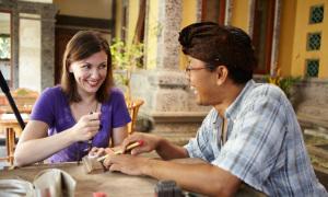 Trải nghiệm tự làm đồ trang sức ở Bali