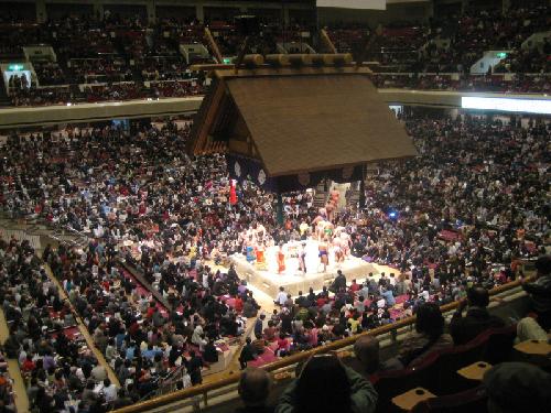 Ryogoku-Kokugikan-sumo-tokyo-j-9075-5456