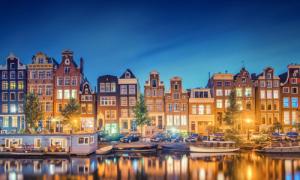 Amsterdam, thủ đô không chỉ có phố đèn đỏ