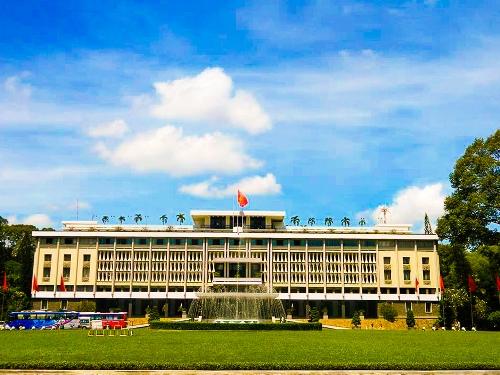Dinh Thống Nhất, kiến trúc độc đáo của người Việt - VnExpress Du lịch