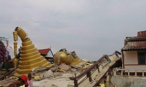 Chùa cổ ở Bagan đổ nát sau động đất