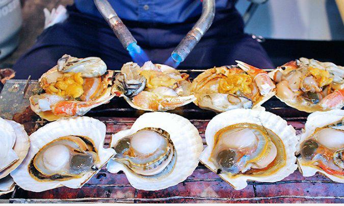 Khu chợ bán 700.000 tấn hải sản mỗi năm