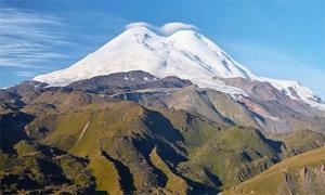 Du khách mất tích 31 năm bị đóng băng trên ngọn núi cao nhất châu Âu