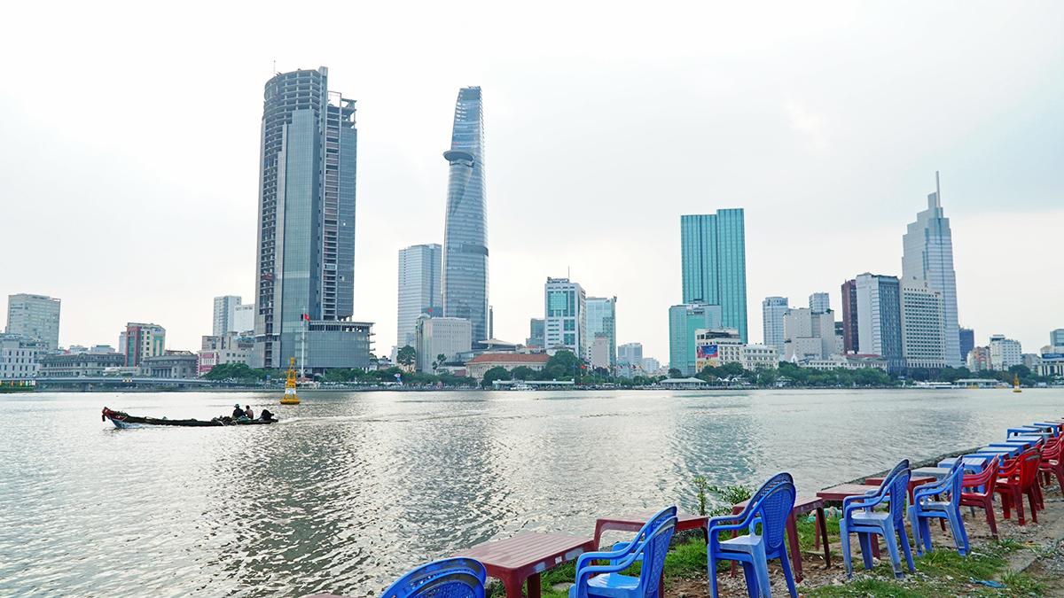 Nóc hầm Thủ Thiêm - từ chốn hoang vu đến điểm hẹn của người Sài Gòn -  VnExpress Du lịch