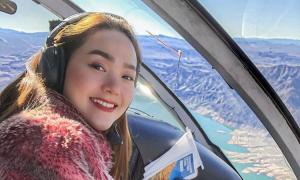 Minh Hằng du lịch bằng trực thăng tại Mỹ