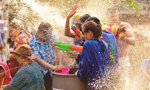 Songkran - 'Đại chiến súng nước' lớn nhất thế giới tại Thái Lan