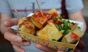 Đậu phụ thối - từ món ăn bỏ đi đến đặc sản của Đài Loan