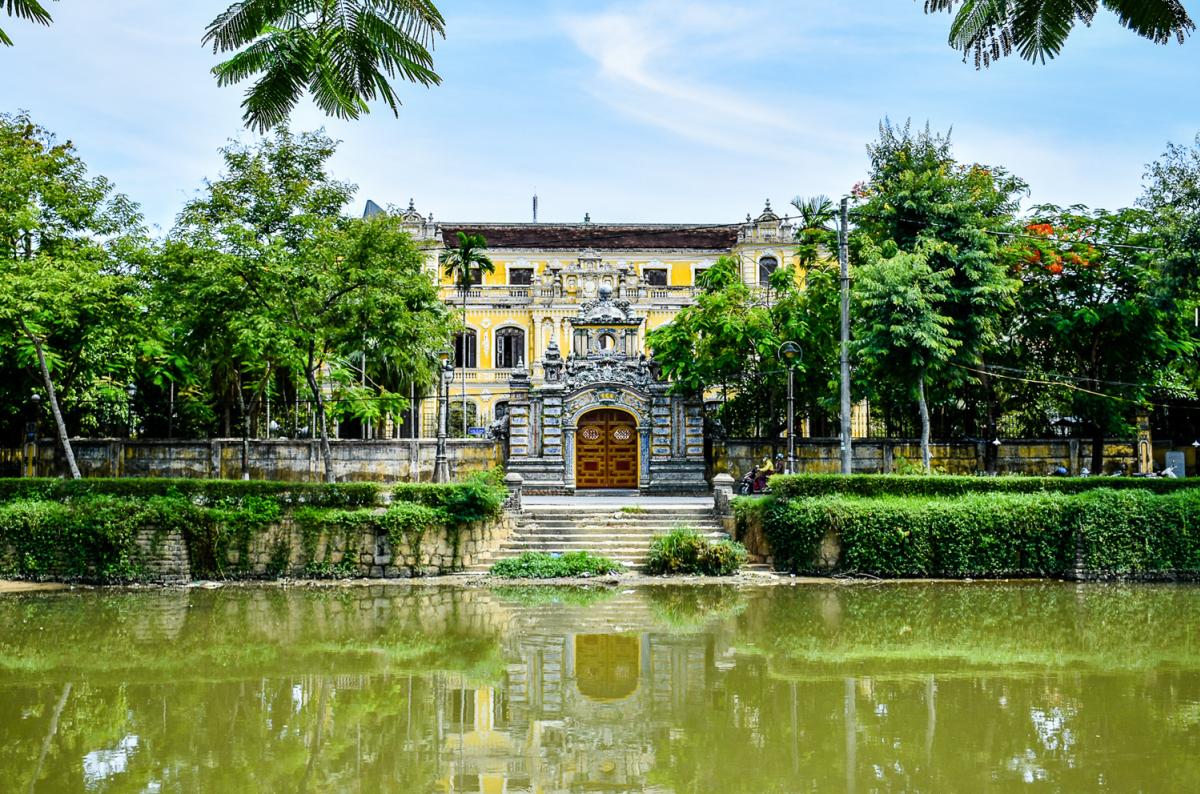 Bên trong cung điện nơi hạ sinh vua Bảo Đại ở Huế - VnExpress Du lịch
