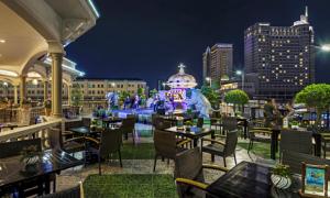 Rooftop Garden Bar tại khách sạn Rex Sài Gòn khuyến mãi mùa hè