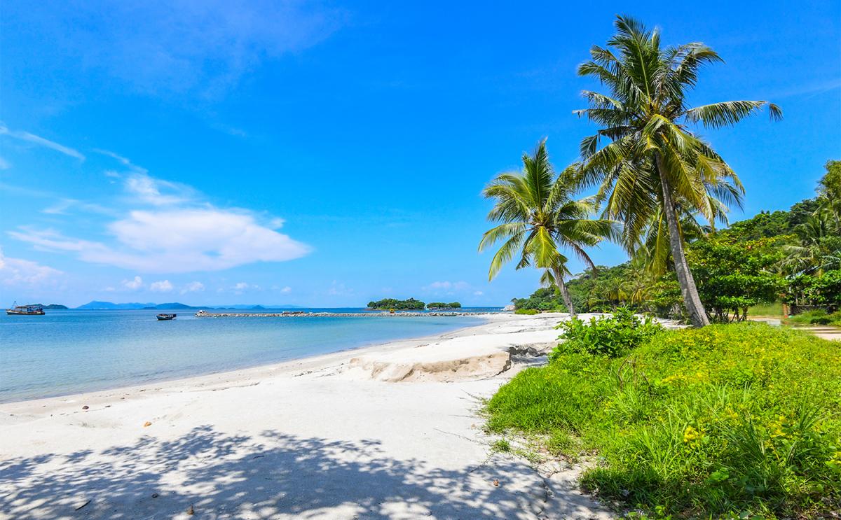 Vẻ đẹp hoang sơ trên quần đảo Hải Tặc - VnExpress Du lịch