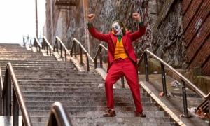 Cầu thang vô danh thành nơi hút khách nhờ bom tấn 'Joker'