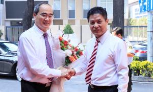 Bí thư TP HCM chúc tết doanh nghiệp lữ hành