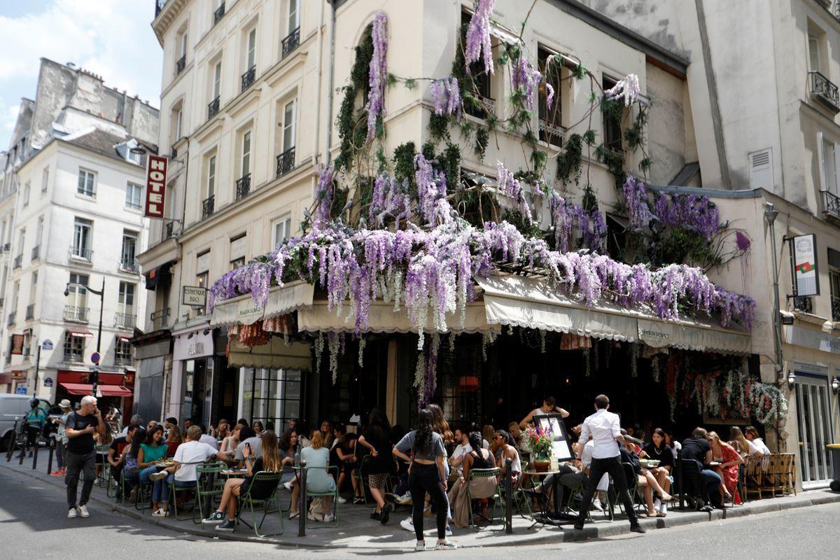 Paris-af-1591328411