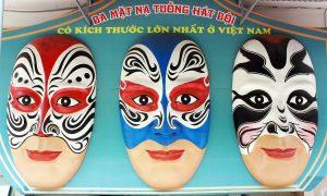 Nơi trưng mặt nạ tuồng lớn nhất Việt Nam