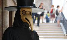 Lý do người dân Venice sợ mặt nạ chống độc