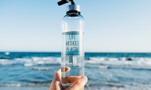 5 cách hạn chế đồ nhựa khi du lịch