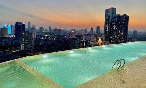 Miễn phí thăm quan bể bơi vô cực bốn mùa Hà Nội