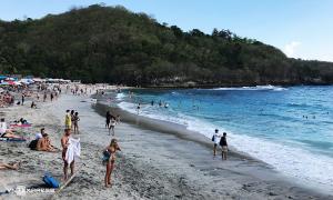 Bali đón khách quốc tế trở lại từ tháng 9