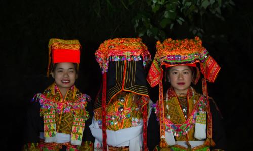 Đám cưới đêm của người Dao Mẫu Sơn