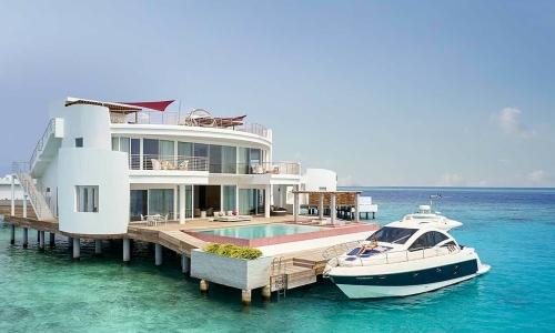 Resort cho du khách 'cách ly' thế giới