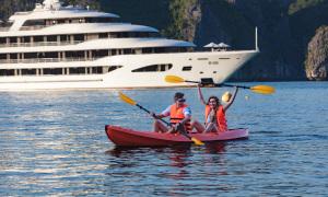 Tour du thuyền giảm giá sâu vẫn vắng khách