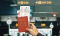 Vì sao khoe vé máy bay lên mạng lại nguy hiểm?