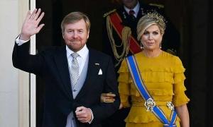 Vua và hoàng hậu Hà Lan bị chỉ trích vì đi nghỉ