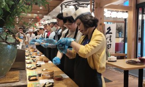 Học làm sushi Nhật với chương trình du lịch trực tuyến