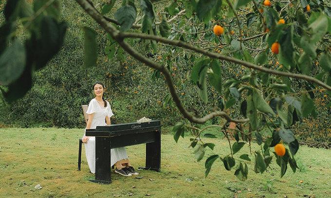 Lên Đà Lạt check-in vườn hồng trĩu quả