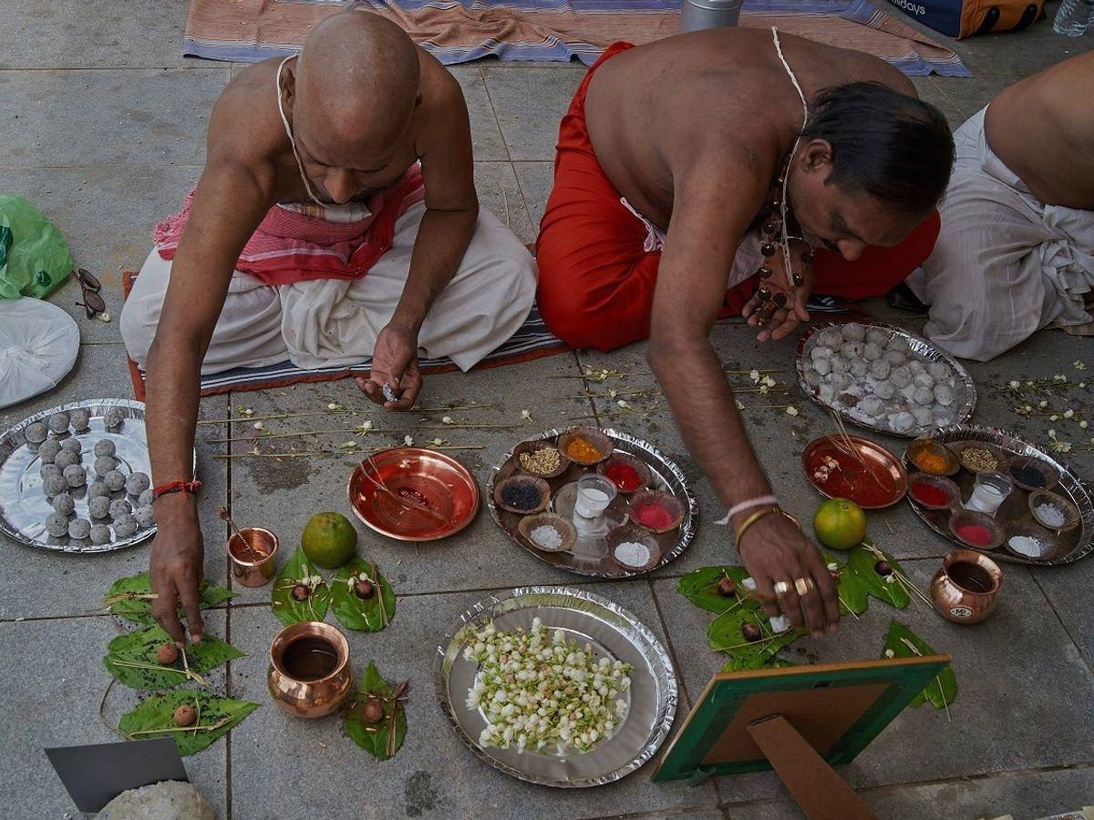 Pitru-Paksha-Shradh-Tarpanam-rituals-1604142676
