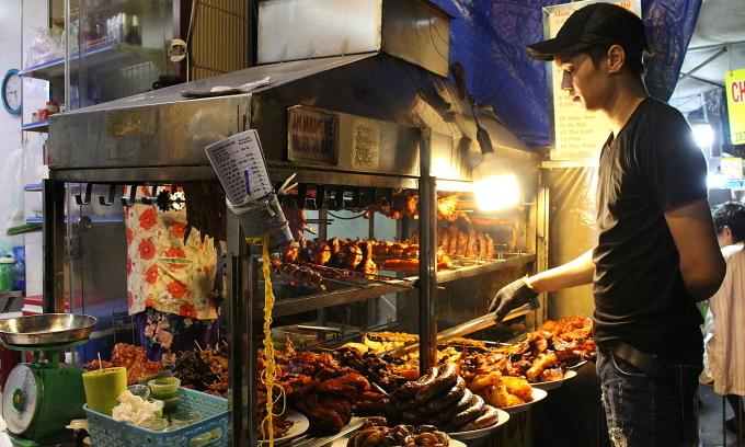 Quán thịt nướng bán hơn 100 kg mỗi đêm