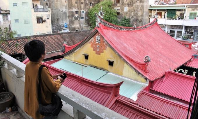 Sài Gòn bình yên trên góc cà phê chung cư
