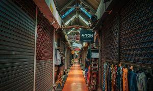 Chợ lớn nhất Bangkok khốn đốn vì không có khách