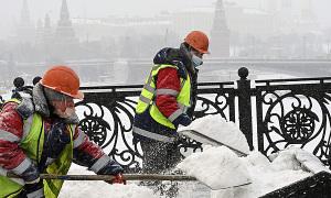 Người Moskva rao bán 'tuyết sạch'