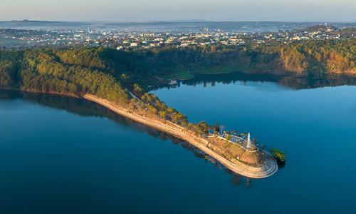3 hồ nước hoang sơ hút khách ở Tây Nguyên