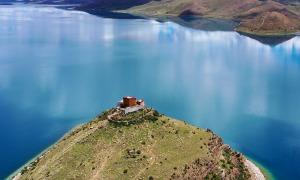 'Ngôi chùa cô đơn nhất thế giới' ở Tây Tạng