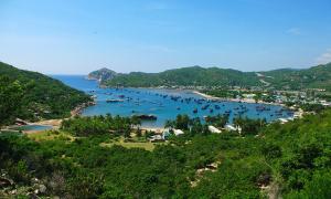 Nên đi Phú Yên - Quy Nhơn hay Nha Trang - Vĩnh Hy?