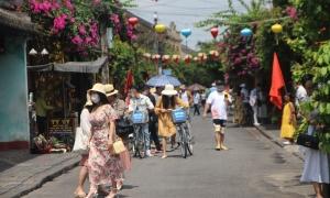 Nhiều địa phương dừng các hoạt động du lịch
