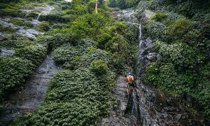 Leo thác khám phá núi rừng Ba Vì