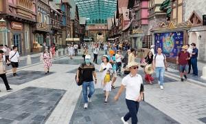 Phú Quốc tiêm vaccine cho 60.000 người làm du lịch, dịch vụ