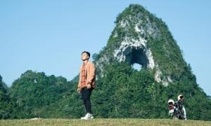 Núi Mắt Thần 'độc nhất vô nhị' ở Cao Bằng