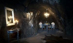 4 khách sạn huyền bí dưới lòng đất