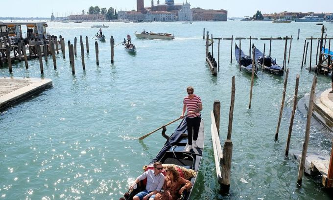 Venice lắp 468 camera để theo dõi du khách