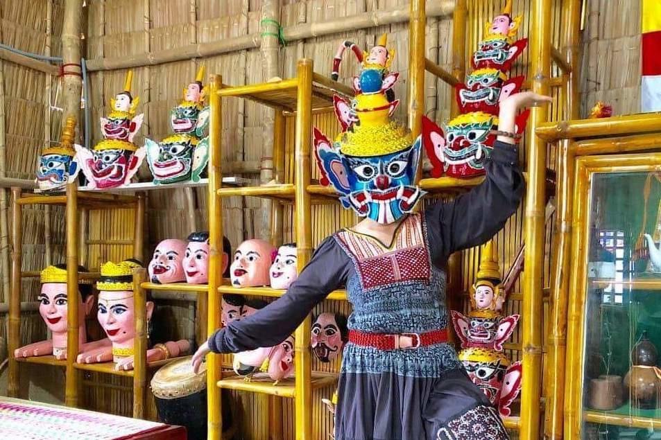 Chiếc mặt nạ Khmer huyền bí