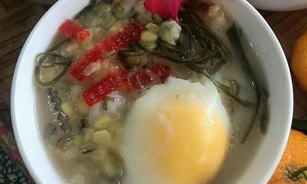 4 món chè có trứng, thịt thách thức thực khách