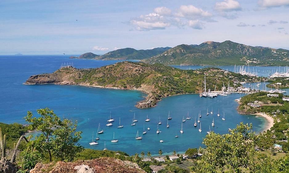 Hòn đảo chỉ đón khách ở lại ít nhất 2 tháng